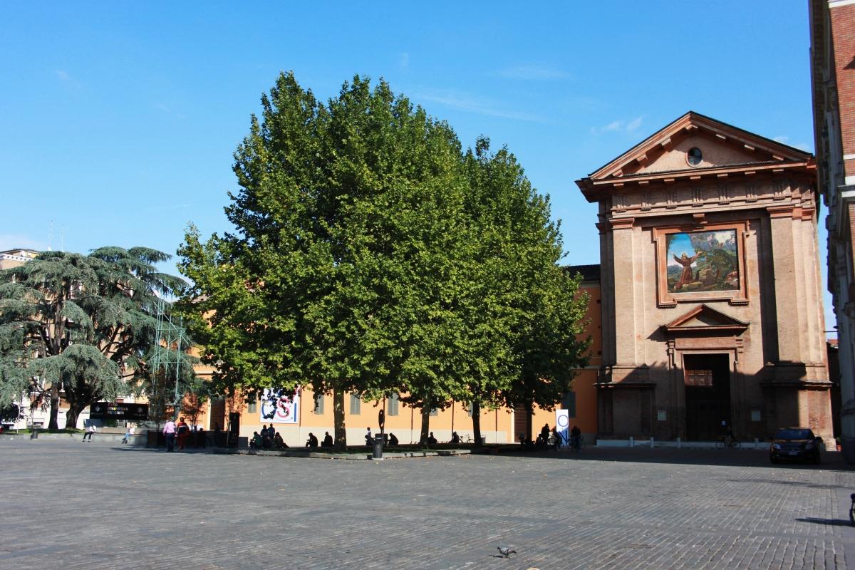 Piazza Martiri Del 7 Luglio - Giulia Bonacini Ph - Reggio nell'Emilia (RE)