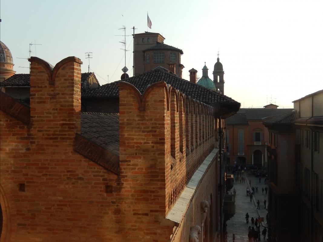 I tetti di Reggio Emilia che si affacciano sulla Piazza Grande - Luca Gabbi - Reggio nell'Emilia (RE)