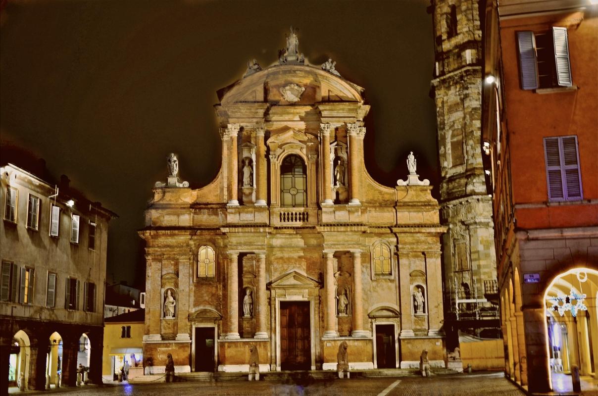Piazza San Prospero by night - Caba2011 - Reggio nell'Emilia (RE)