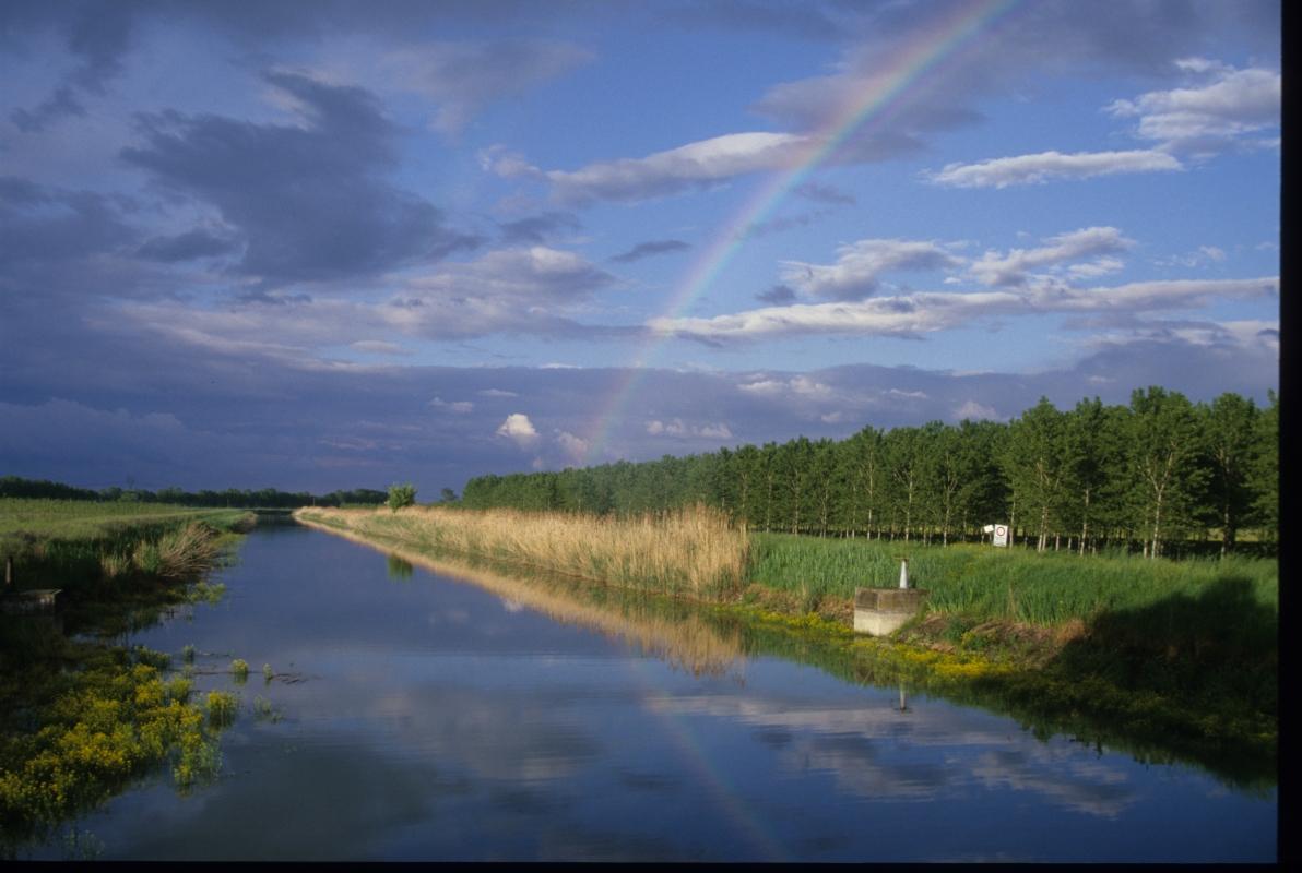 Arcobaleno su canale Bondeno - Claudio Magnani - Reggiolo (RE)