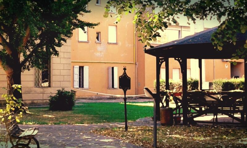 """Particolare del giardino Ospedale """"Baccarini"""" - Ceci.melani - Campagnola Emilia (RE)"""