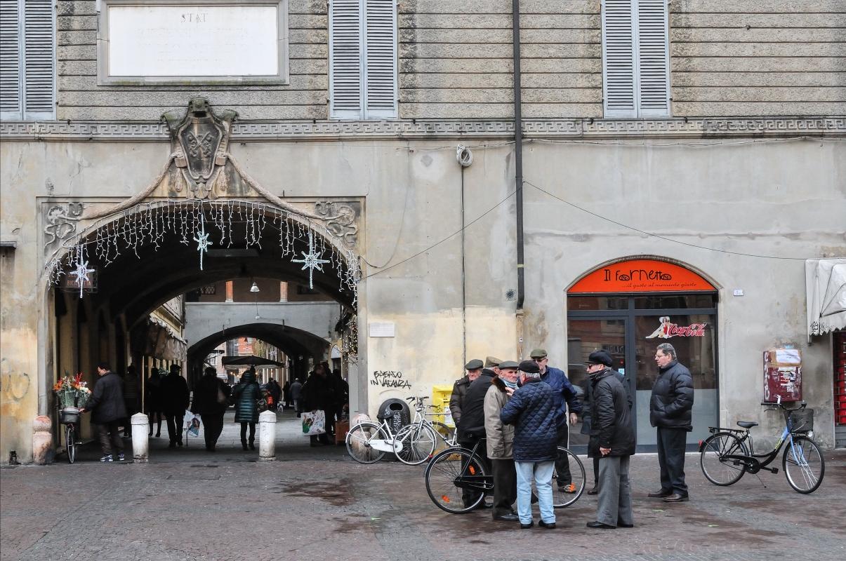 Portico Broletto Reggio Emilia-3 - Lorenzo Gaudenzi - Reggio nell'Emilia (RE)