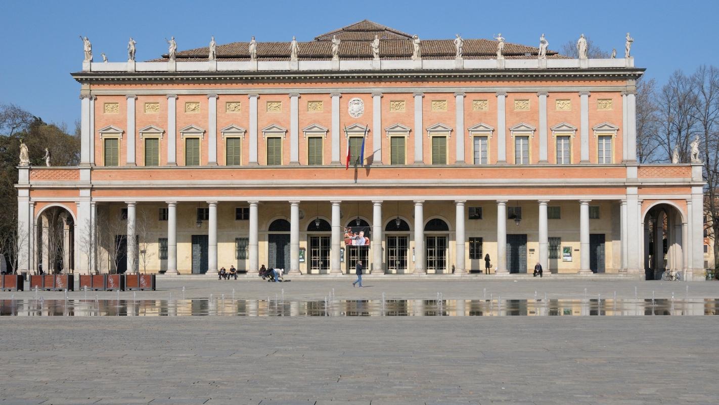 Teatro Municipale Romolo Valli esterno 1 - Lorenzo Gaudenzi - Reggio nell'Emilia (RE)