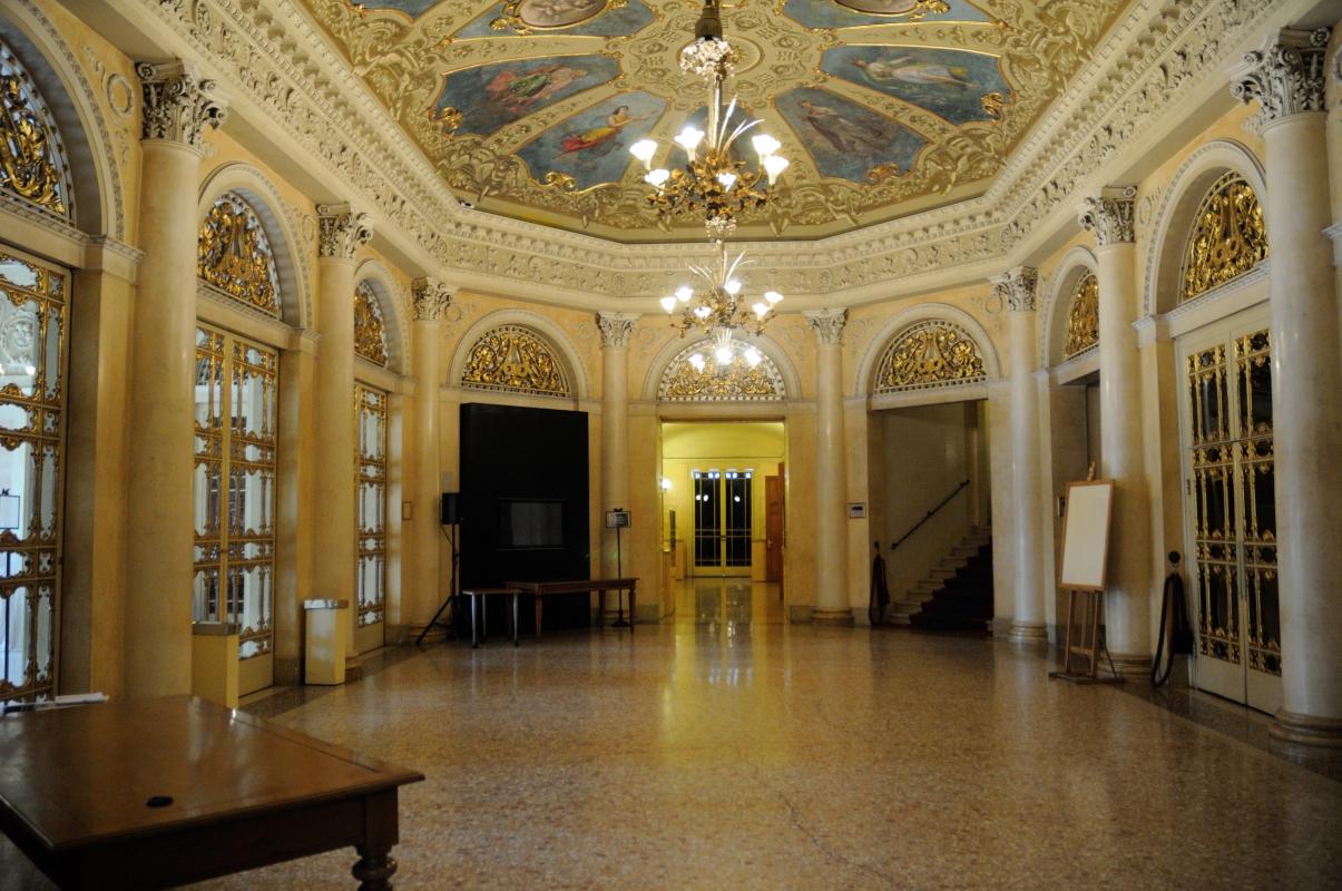 Teatro Municipale Romolo foyer - Lorenzo Gaudenzi - Reggio nell'Emilia (RE)