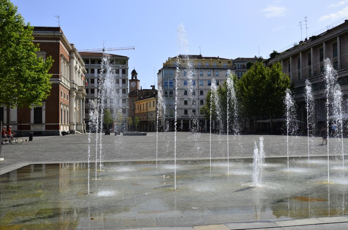 Piazza Martiri del 7Luglio - Caba2011 - Reggio nell'Emilia (RE)