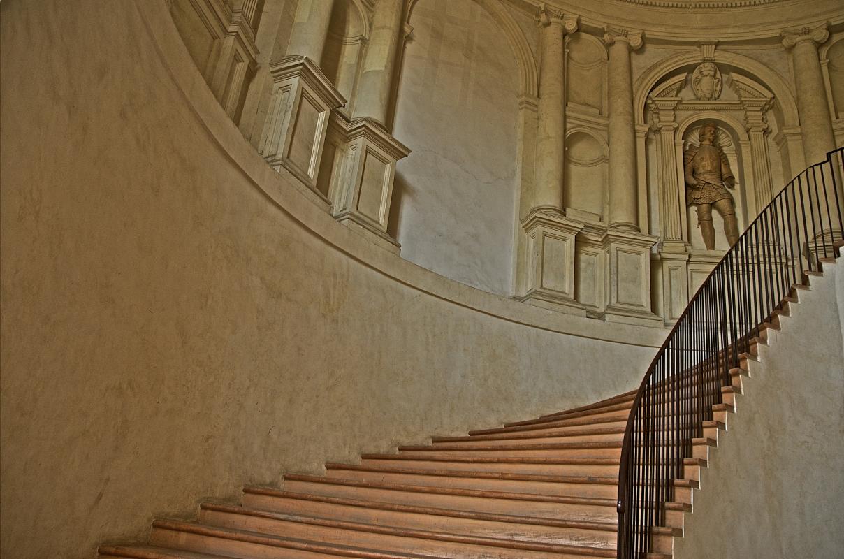 Scalone di accesso al piano nobile - Caba2011 - Scandiano (RE)