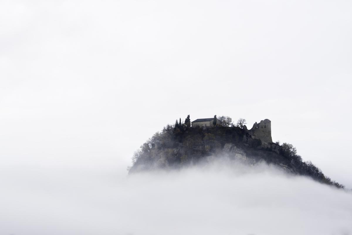 Il Castello Sospeso - Marcocattani - Canossa (RE)