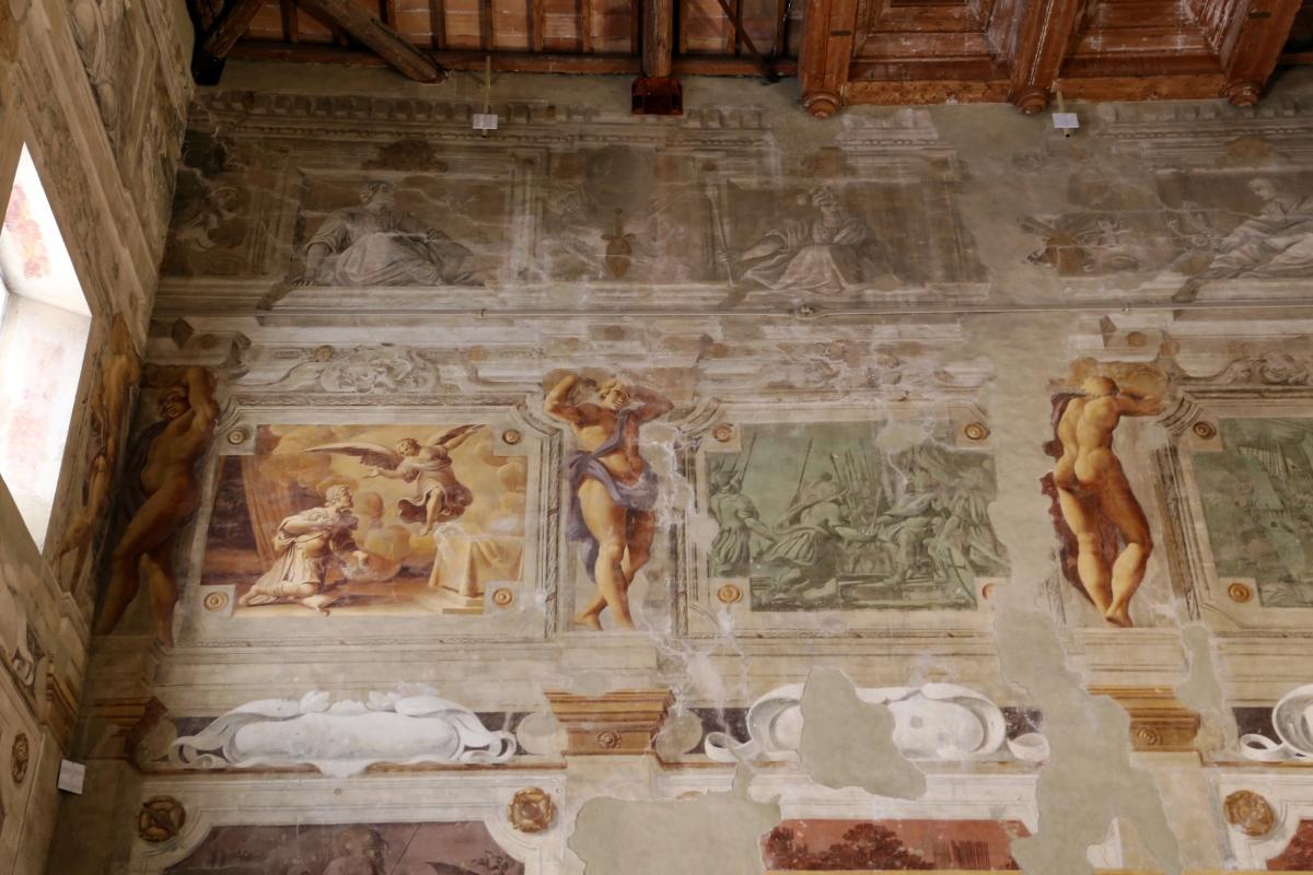 Pier francesco battistelli e aiuti, affreschi con scene dell'orlando furioso e della gerusalemme l. tra telamoni, 1619-28, 09 - Sailko - Gualtieri (RE)