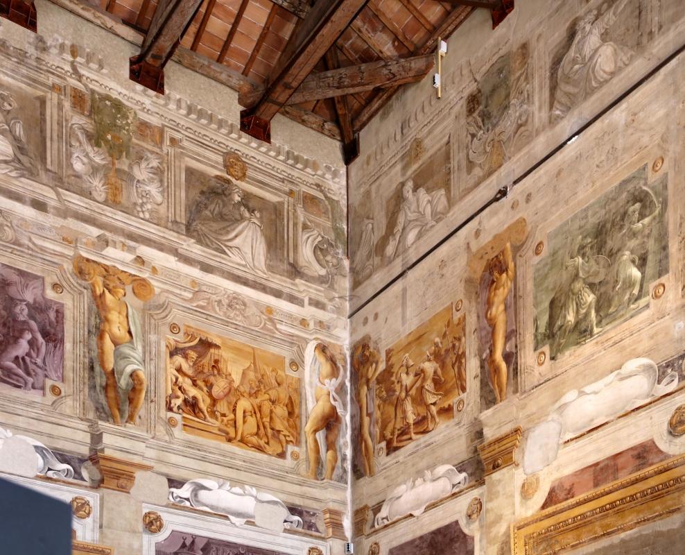 Pier francesco battistelli e aiuti, affreschi con scene dell'orlando furioso e della gerusalemme l. tra telamoni, 1619-28, 02 - Sailko - Gualtieri (RE)