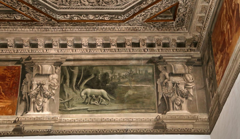 Gualtieri, palazzo bentivoglio, sala di giove, fregio con storie di roma da tito livio, 1600-05 circa, 01 lupa 2 - Sailko - Gualtieri (RE)