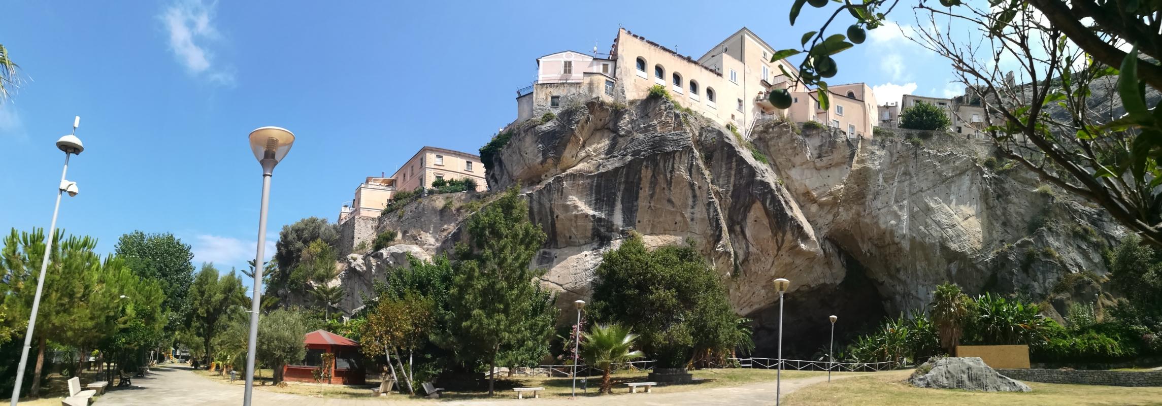Amantea Parco Grotta Panoramica - Settimioma - Guastalla (RE)