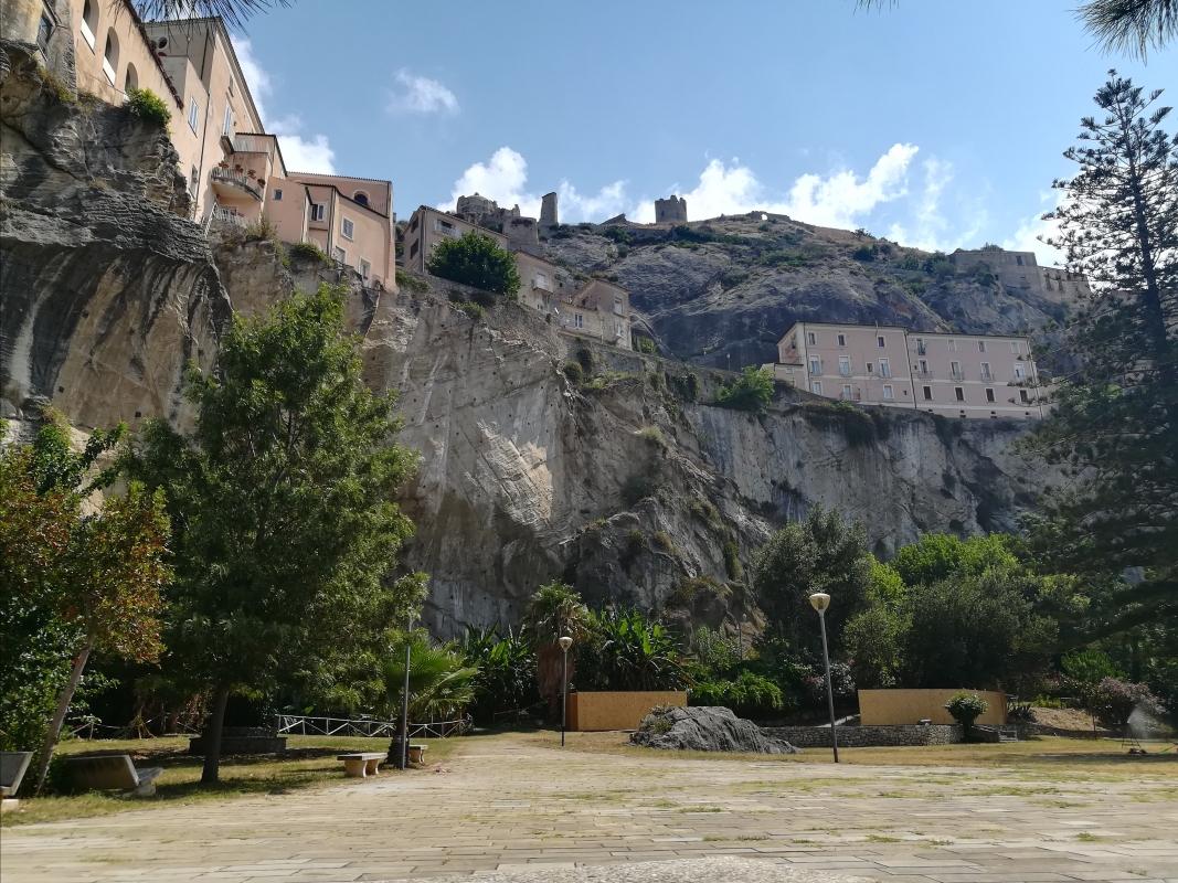 Amantea Parco Grotta 1 - Settimioma - Guastalla (RE)
