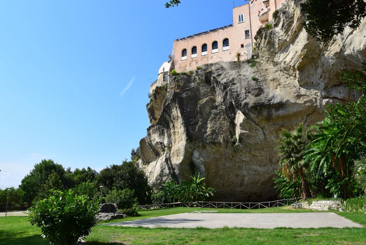 Parco della Grotta (C) - Vittorio martire - Guastalla (RE)