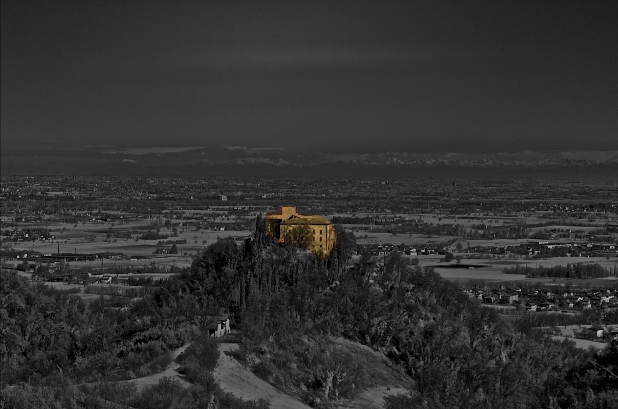 Castello di Bianello al tramonto - Caba2011 - Quattro Castella (RE)