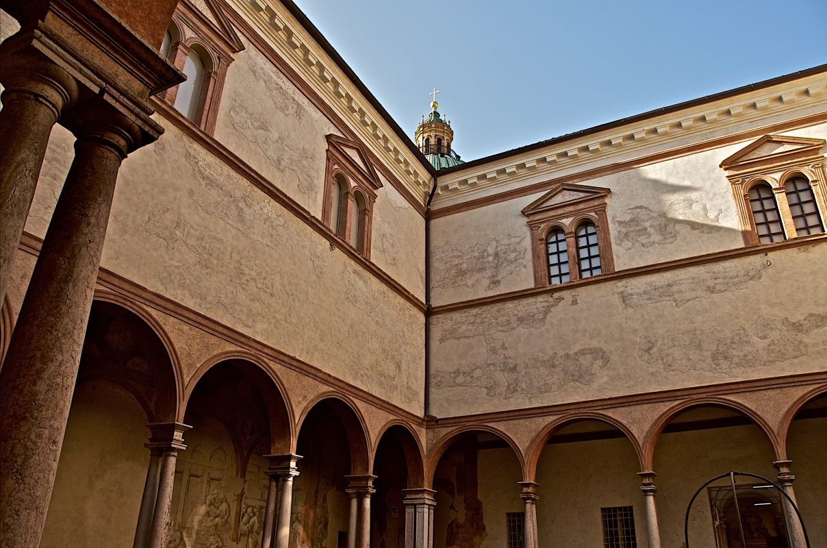 Suggestivo angolo dei chiostri di San Pietro - Caba2011 - Reggio nell'Emilia (RE)