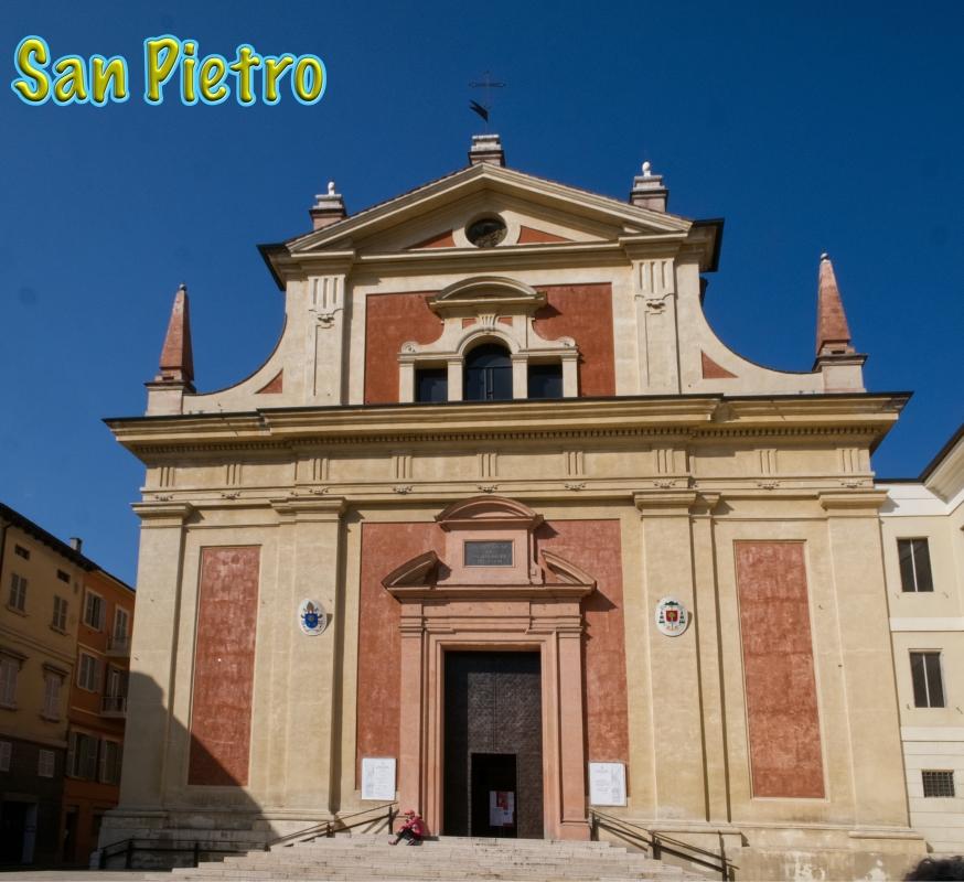 Maestosa facciata della chiesa di San Pietro - Caba2011 - Reggio nell'Emilia (RE)