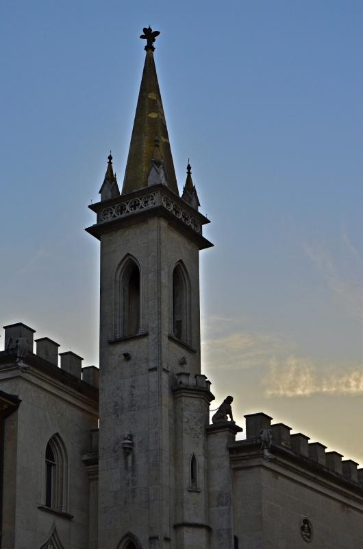 La guglia che sovrasta la Galleria Parmeggiani - Caba2011 - Reggio nell'Emilia (RE)