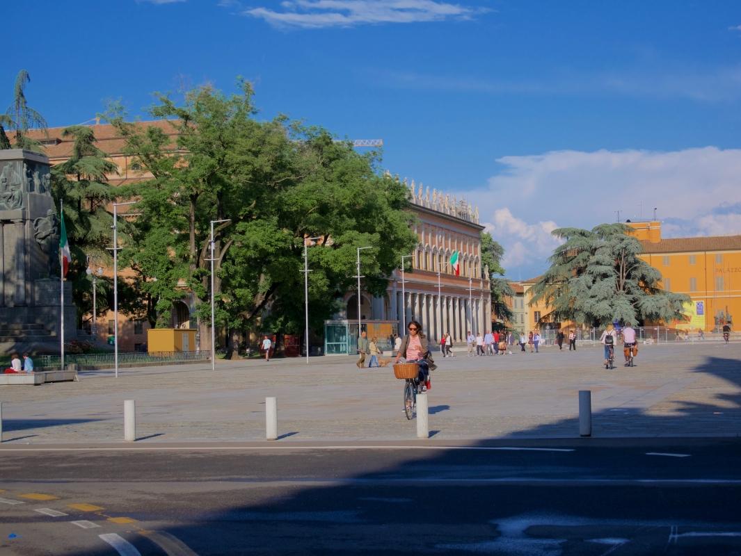 Piazza Martiri del 7 Luglio già Piazza D'Armi - Caba2011 - Reggio nell'Emilia (RE)