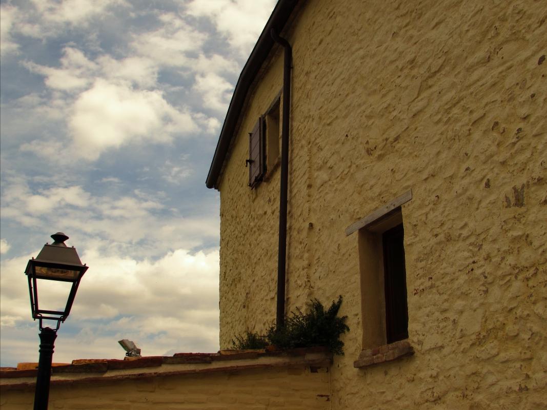 La casa il cielo e un lampione - LaraLally19 - Montefiore Conca (RN)