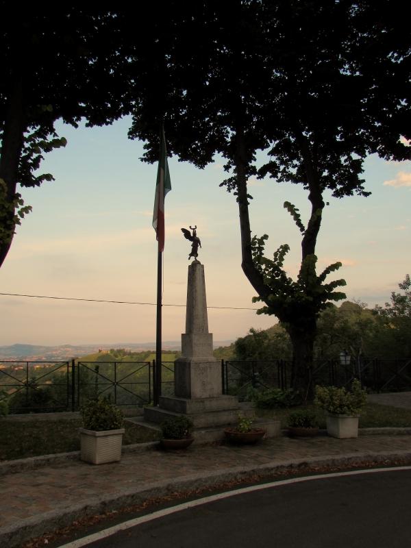 Monumento ai caduti di Montefiore - LaraLally19 - Montefiore Conca (RN)