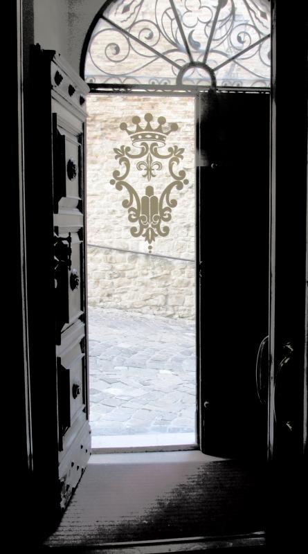 Chiaro e scuro all ingresso del Comune - LaraLally19 - Montefiore Conca (RN)