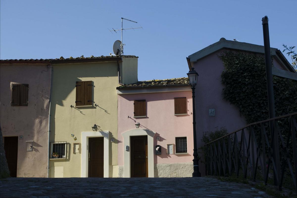 PIAZZA DELLA LIBERTA' SCORCIO 2 - FabioFromItaly - Montefiore Conca (RN)