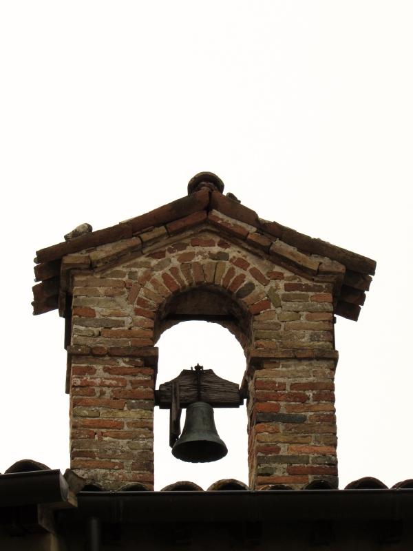 Piccolo campanile sopra la porta Curina - LaraLally19 - Montefiore Conca (RN)