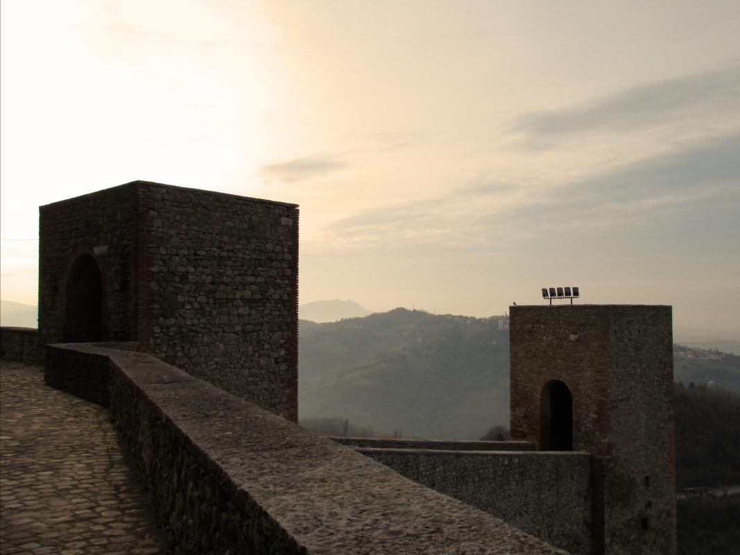 Colline oltre le torri - LaraLally19 - Montefiore Conca (RN)