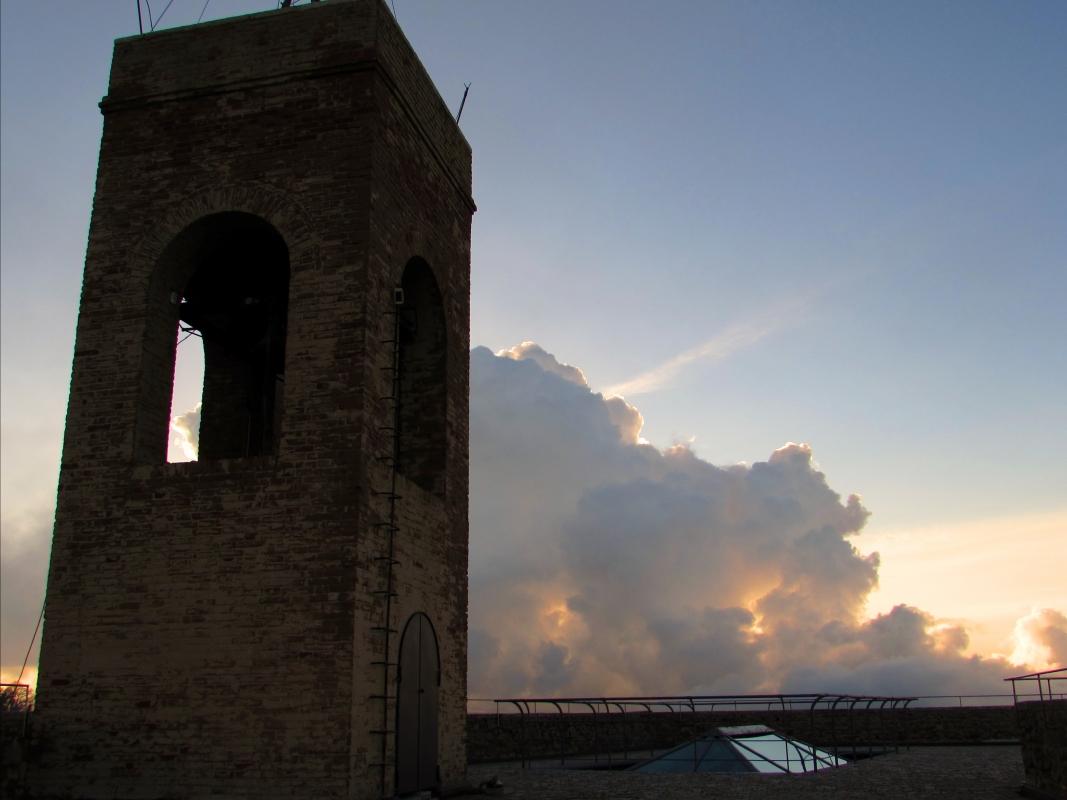 Campanile e nuvole - LaraLally19 - Montefiore Conca (RN)