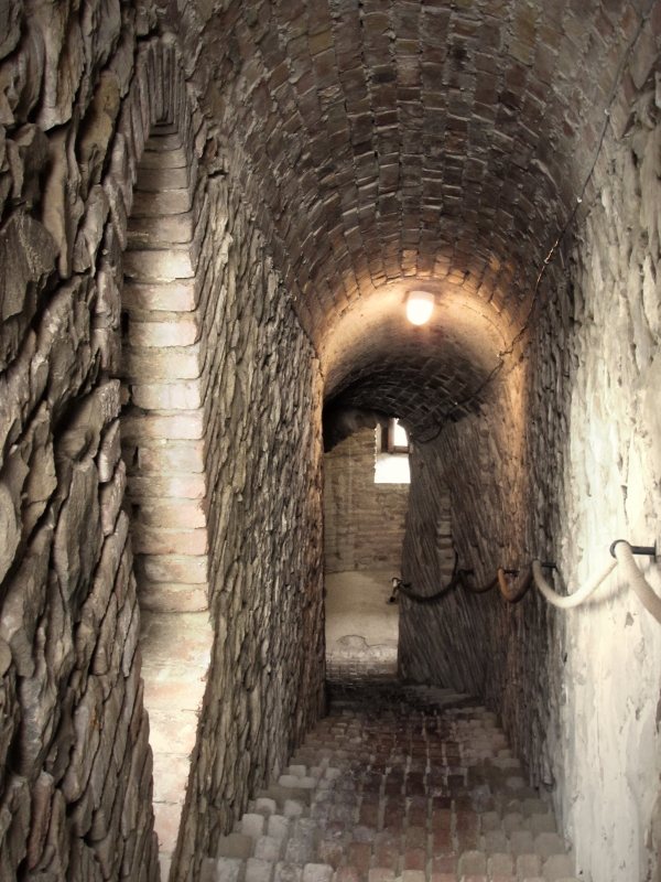 Scale nella Rocca - LaraLally19 - Montefiore Conca (RN)