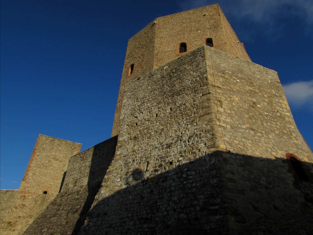 La Rocca e le sue mura - LaraLally19 - Montefiore Conca (RN)