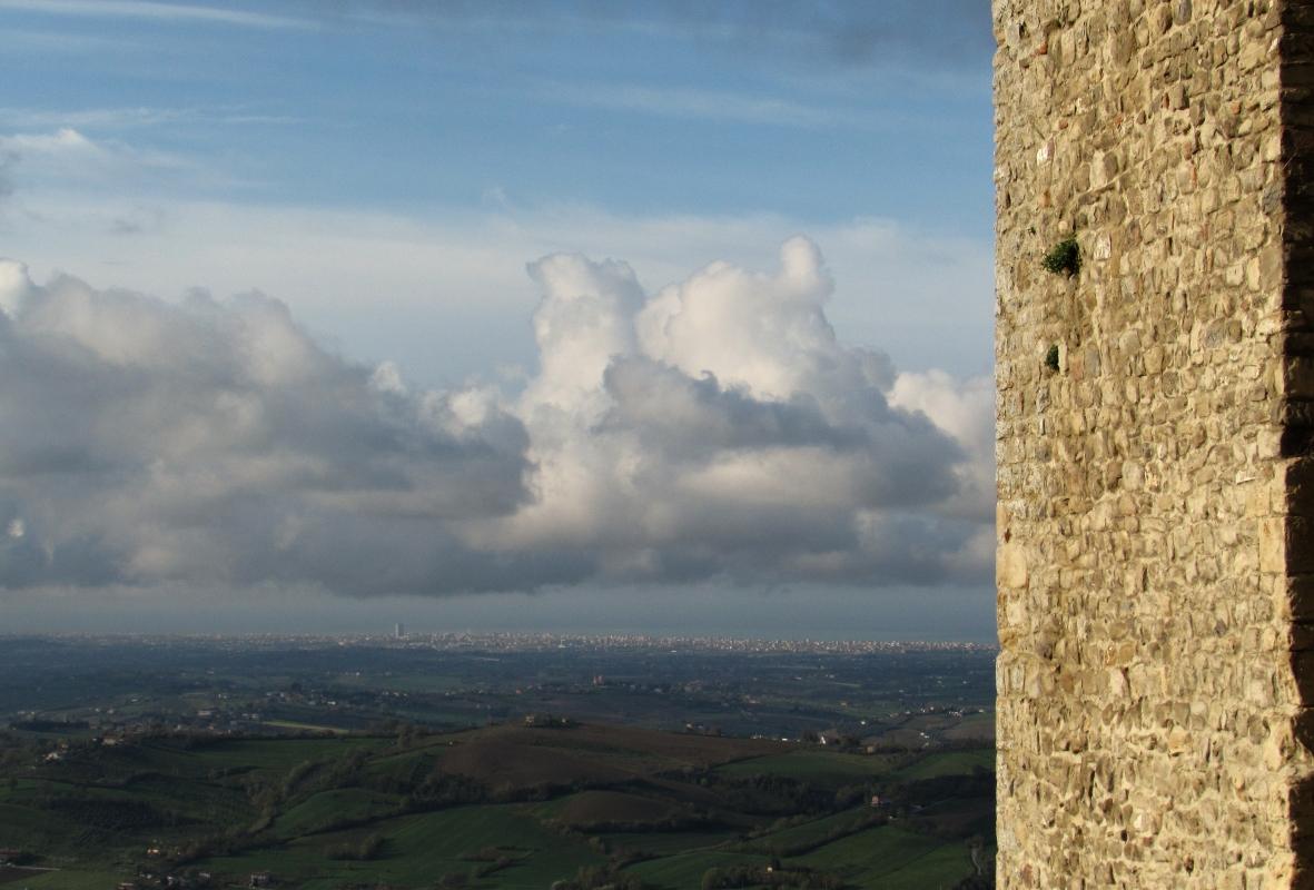 La rocca e le sue nuvole - LaraLally19 - Montefiore Conca (RN)