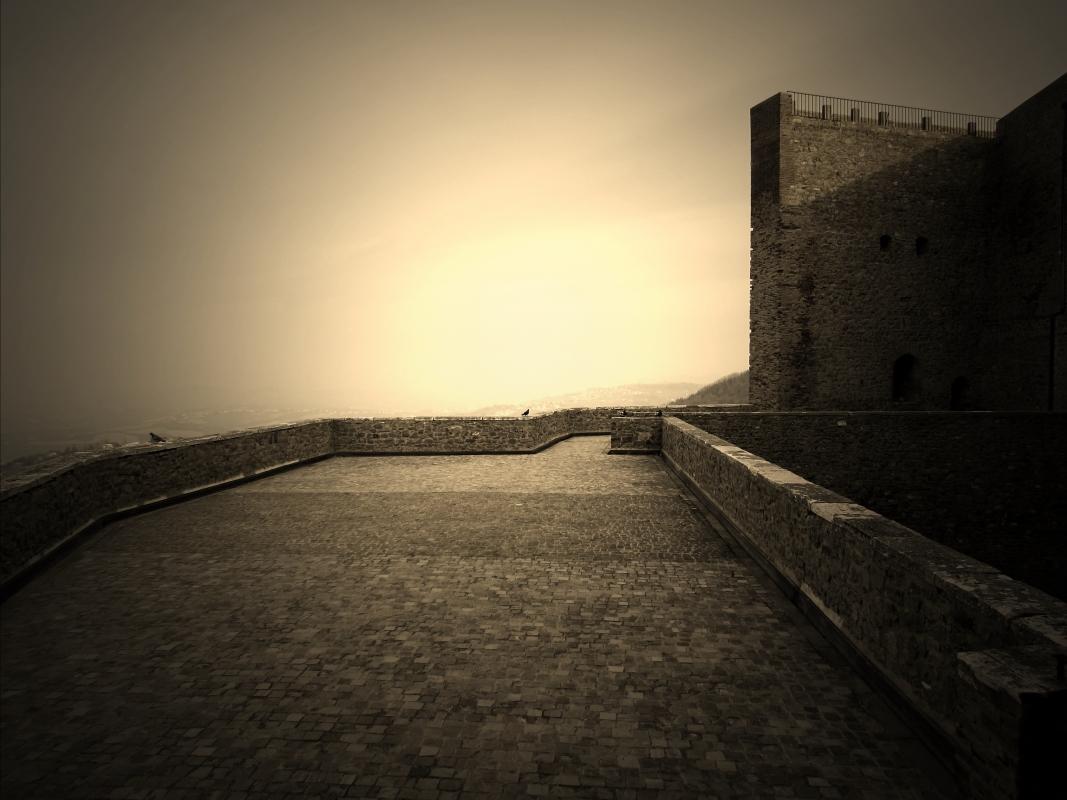 Terrazza di mezzo nella Rocca - LaraLally19 - Montefiore Conca (RN)