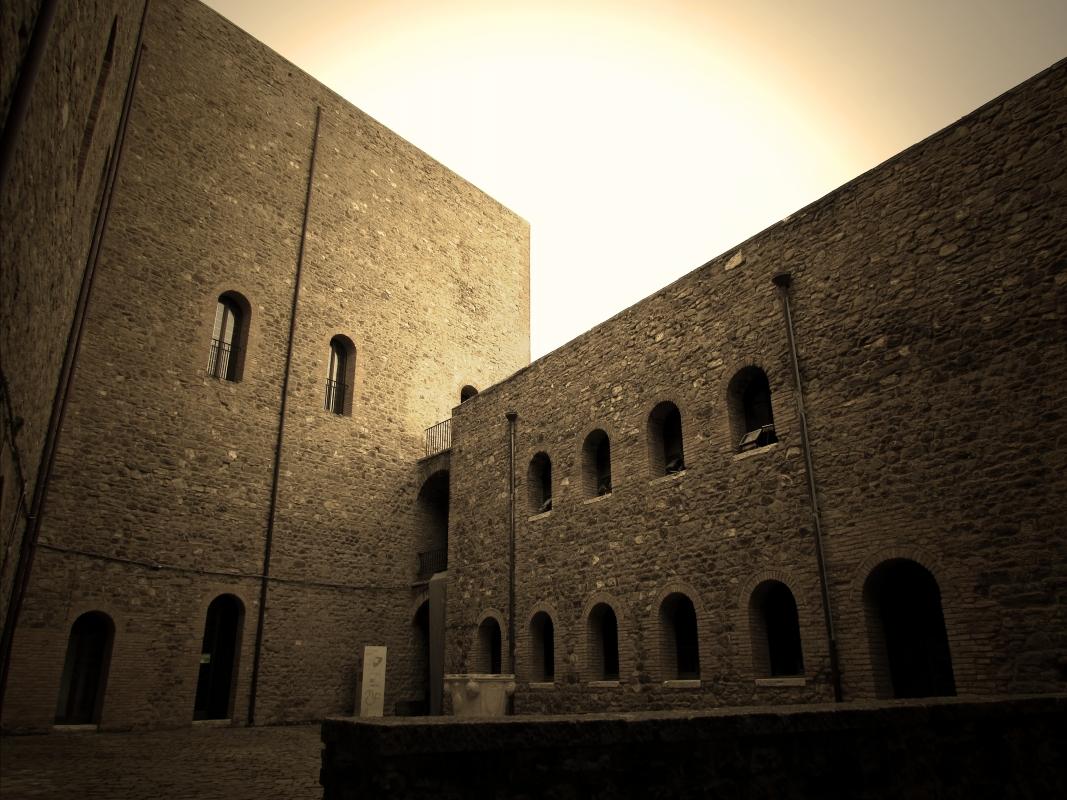 Cortile della Rocca - LaraLally19 - Montefiore Conca (RN)