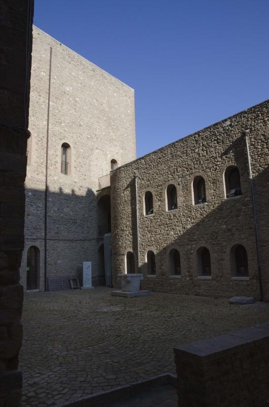 ROCCA MALATESTIANA - CORTILE INTERNO - FabioFromItaly - Montefiore Conca (RN)