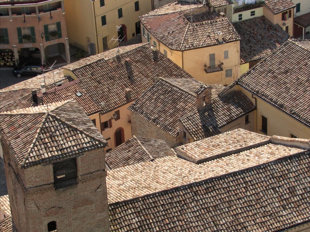 La chiesa vista dall'alto - Larabraga19 - Montefiore Conca (RN)