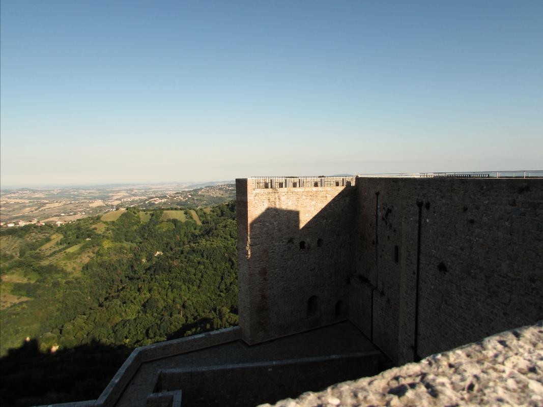 La terrazza alta della Rocca - Larabraga19 - Montefiore Conca (RN)