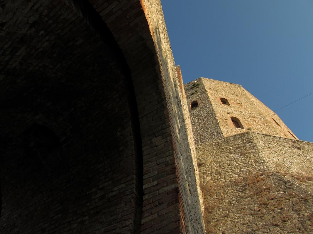 Sentinella di Pietra di storie leggendarie - Larabraga19 - Montefiore Conca (RN)