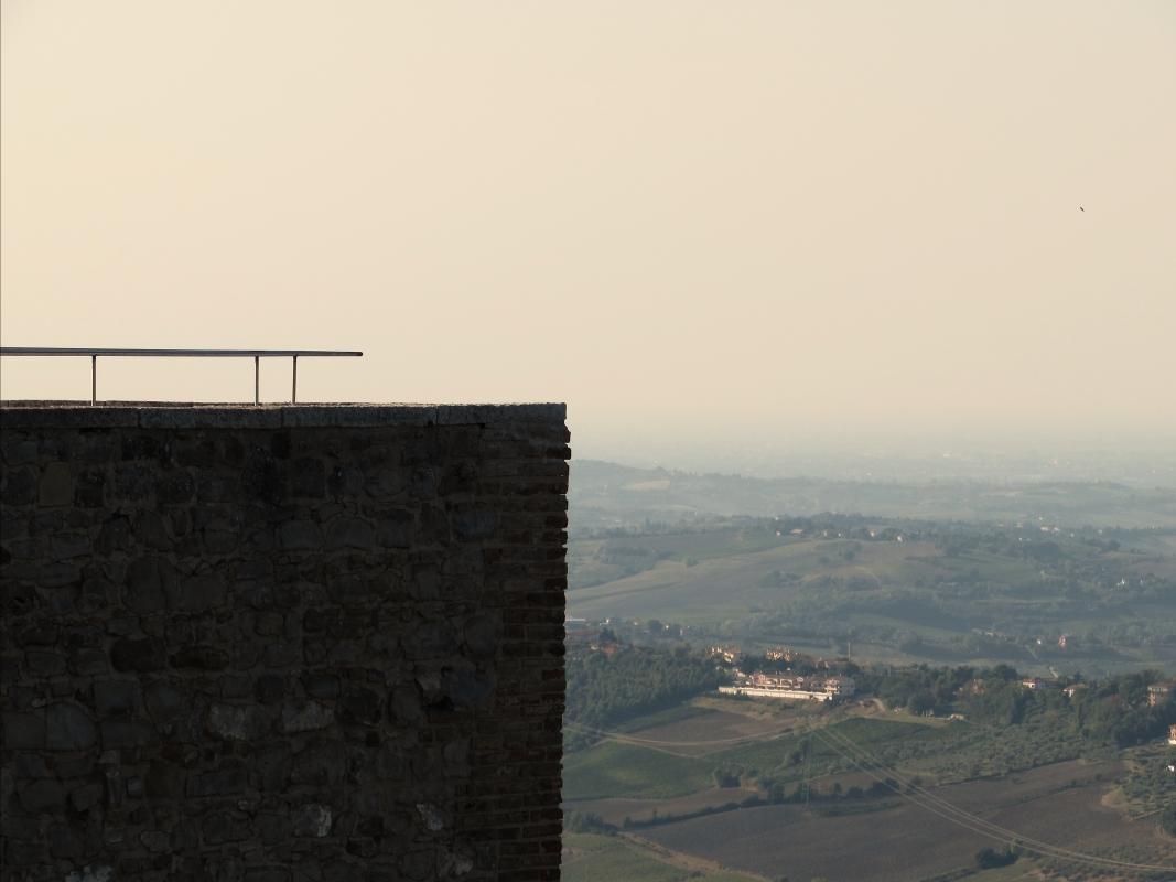 Un panorama unico dalla Rocca - Larabraga19 - Montefiore Conca (RN)