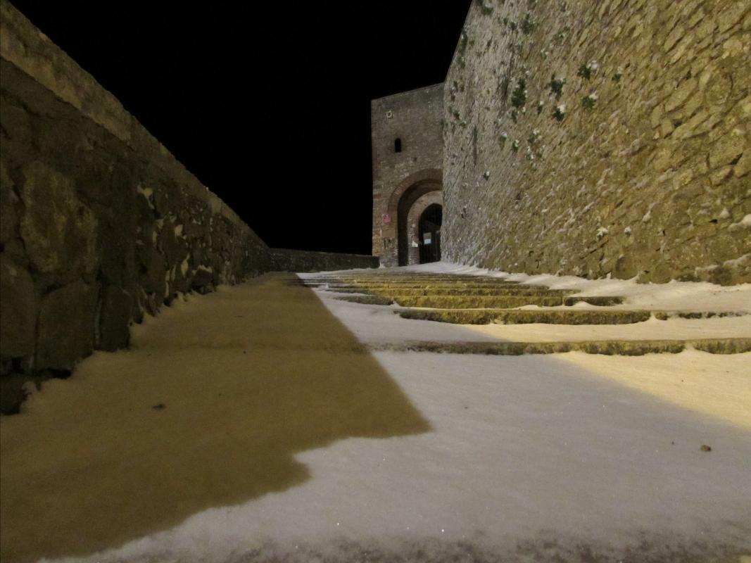 Ingresso alla Rocca con la neve - Larabraga19 - Montefiore Conca (RN)