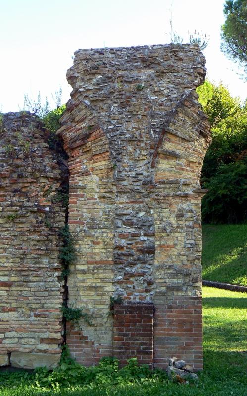Particolare anfiteatro romano - Rimini 2 - Paperoastro - Rimini (RN)
