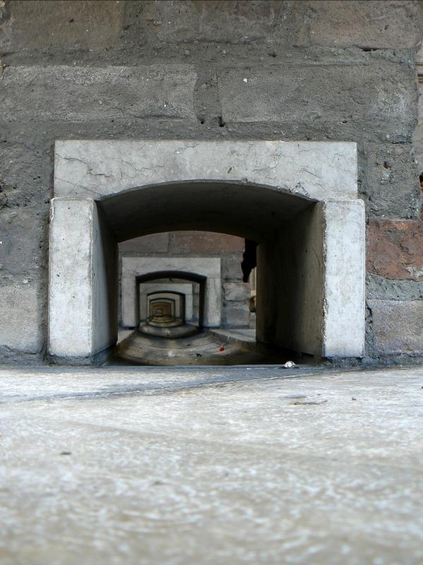Vecchia pescheria - Rimini - canaletta sinistra 2 - Paperoastro - Rimini (RN)