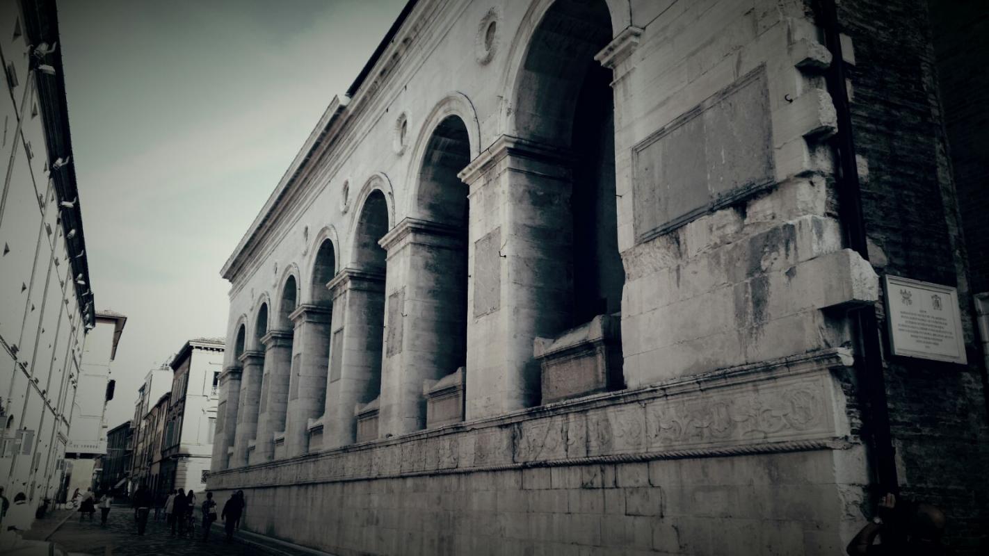 Esterno tempio malatestiano - CesaEri - Rimini (RN)