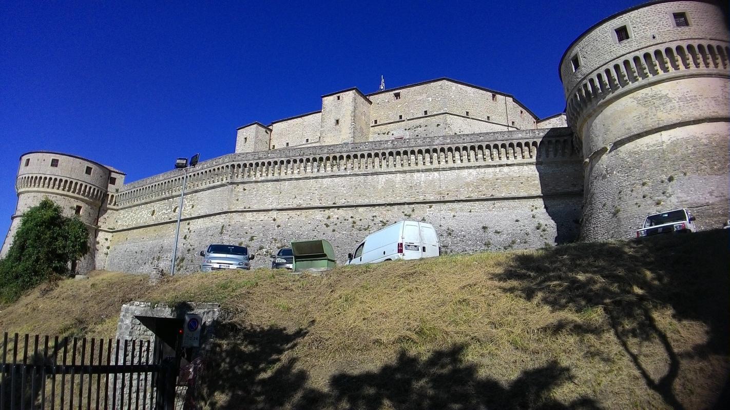 Rocca di San Leo, mura esterne - Fringio - San Leo (RN)