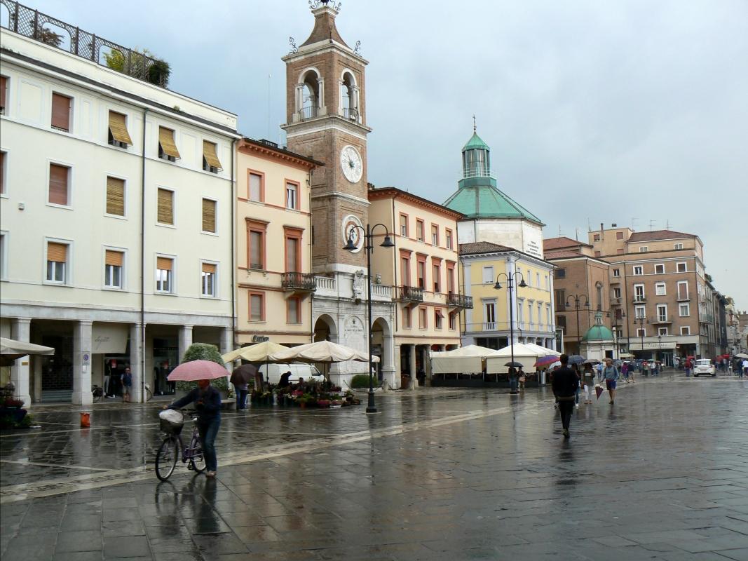 Rimini Piazza 3 Martiri 1 - Paperoastro - Rimini (RN)