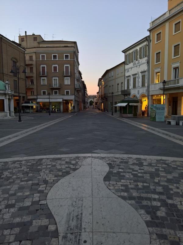 Il pavimento di Piazza Tre Martiri, Rimini - Supermabi - Rimini (RN)