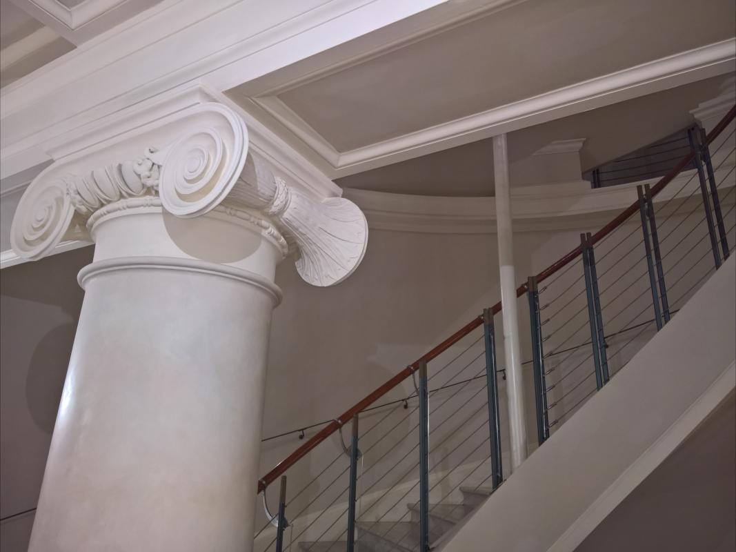 Scalinata del Foyer, Teatro Galli - Supermabi - Rimini (RN)