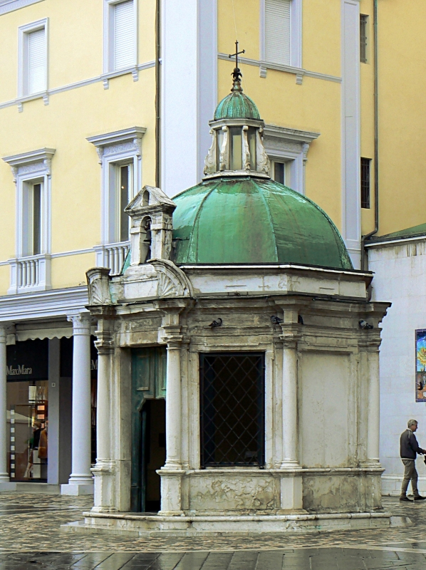 Rimini tempietto Sant Antonio 1 - Paperoastro - Rimini (RN)