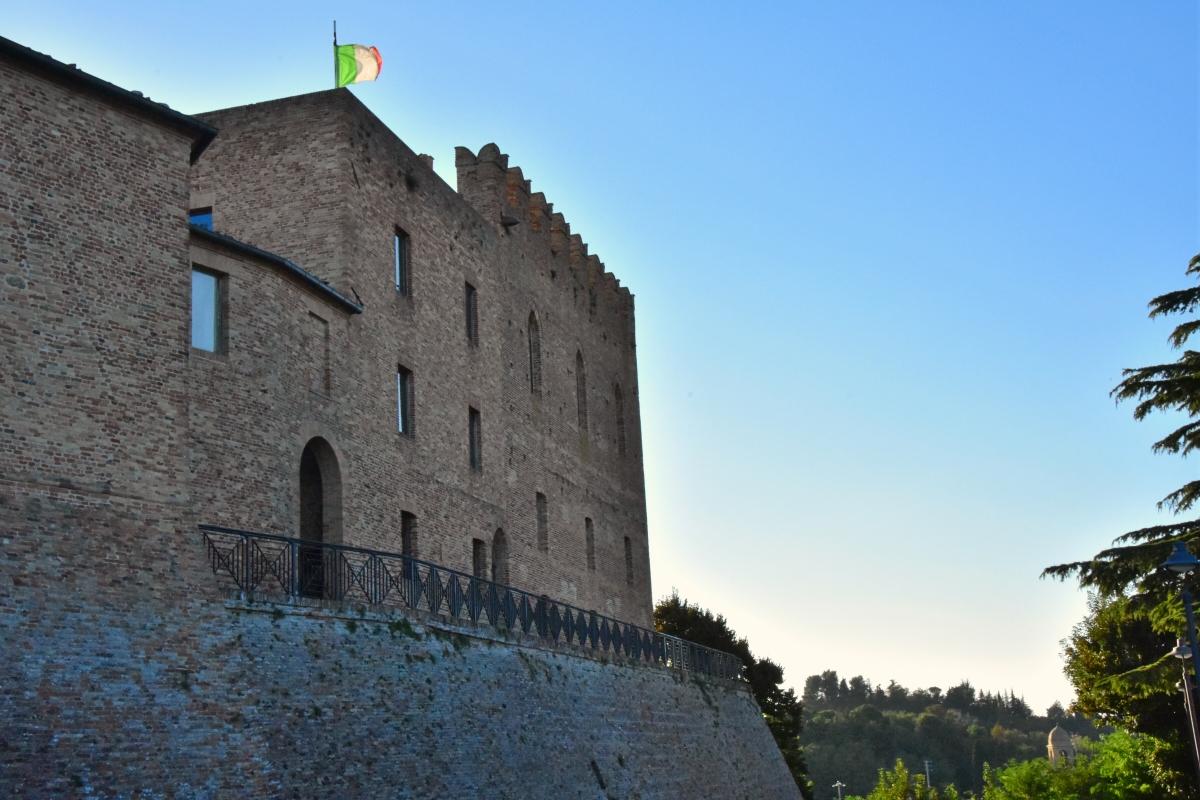 Rocca e mura - Daniela Lorenzetti - Mondaino (RN)