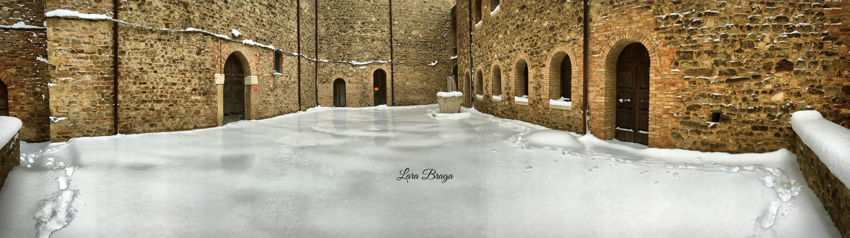 La Rocca e la Galaverna....ghiaccio sulla neve116 - Larabraga19 - Montefiore Conca (RN)